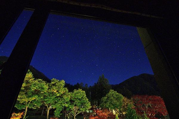 客室窓より星空5.jpg